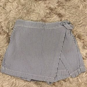 vineyard vines (youth size 14) seersucker skort